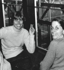 : Shirley Babington (left) and Marti Cavanaugh from Tenafly, New Jersey, won the Women's Nationals in 1974. The sister team was runner-up in 1973, 1975, and 1977.